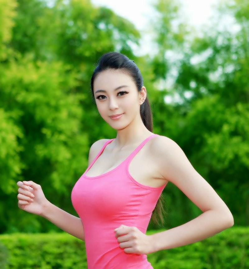 中国第一黄金比例身材超模――重庆美女模特