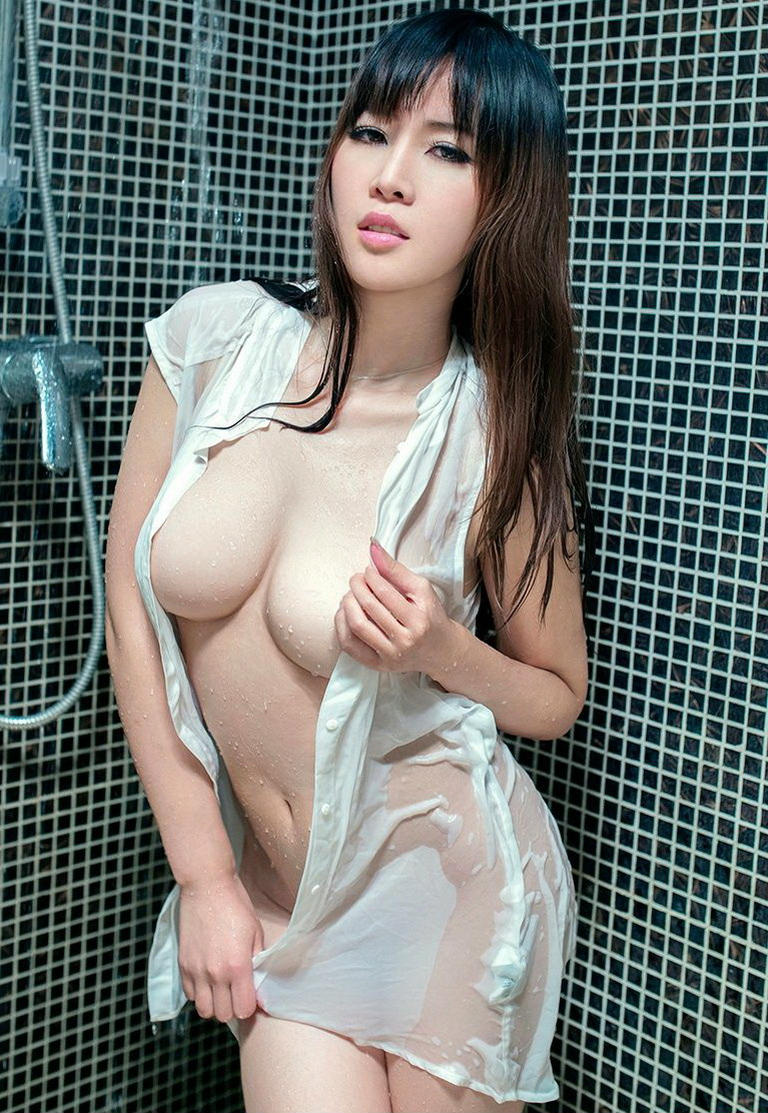 多看美女能延寿之性感乳神张优