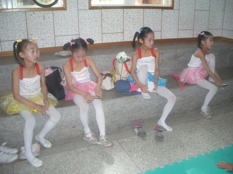 白袜女孩相册图片